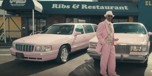 розовые линькольны в американском автоломбарде
