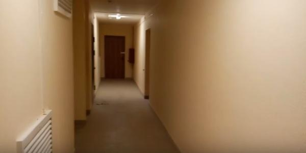 коридор в доме для переселения